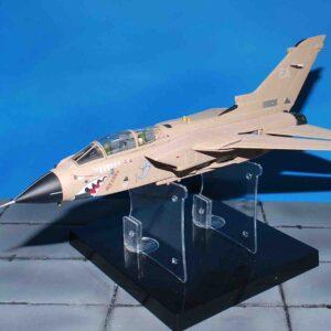 Modely letadel TORNADO.CORGI - Panavia Tornado GR.1 , ZA447/EA 'MIG EATER', RAF N.15 Sqn.,'OPERATION GRANBY',1991.Modely letadel.Diecast models aircraft.Modely dopravních letadel.Diecast models airplanes.airliner.Modely vrtulníků.Diecast models helicopters.Diecast models cars.Modely vojenské techniky.Diecast models military vehicles.Modely raket.Diecast models rockets.Sběratelské modely.Hotové modely.Kovové modely.Sběratelské modely letadel.Sběratelské modely vojenské techniky.tanků.Diecast models aircraft.helicopters.military vehicles.tanks.