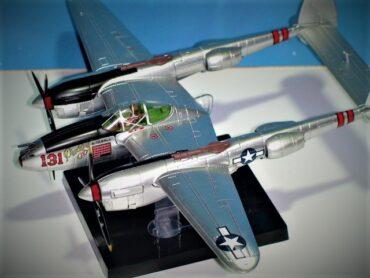 P-38 LIGHTNING .Modely letadel.Modely tanků.Modely vojenské techniky. Hotové modely. Sběratelské modely. Kovové modely .Diecast aircraft models , military vehicles.