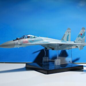 Modely letadel SU-35 . Modely tanků. Modely vojenské techniky. Sběratelské modely . Hotové modely. Kovové modely .Diecast aircraft models , military vehicles.