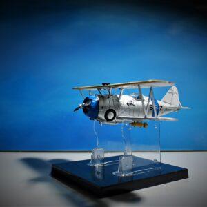 Modely letadel F3F Grumman . Modely tanků. Modely vojenské techniky. Sběratelské modely . Hotové modely. Kovové modely .Diecast aircraft models , military vehicles.