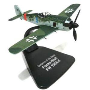 Focker Wulf FW-190 . Modely letadel.Modely tanků.Modely vojenské techniky. Hotové modely. Sběratelské modely. Kovové modely .Diecast aircraft models , military vehicles.