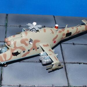 Mi-24 'Hind'. Modely vrtulníků. Modely letadel . Modely tanků . Modely vojenské techniky. Sběratelské modely . Hotové modely . Sběratelské modely letadel. Sběratelské modely vojenské techniky a tanků. Kovové modely. Diecast models aircraft , military vehicles , tanks .