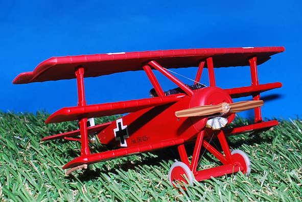 Corgi AA38308 - Fokker DR 1,Dreidecker 425:17, Manfred Von
