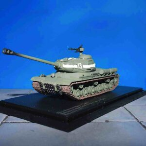 JS-2(Early) Russian Heavy Tank, Red Army, 1945.F Hobby Master HG7008.