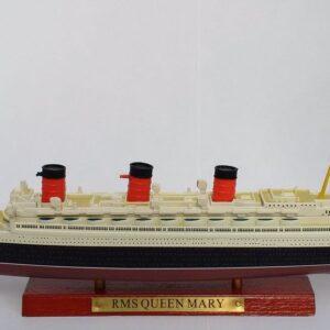 Queen Mary Transatlantic Liners.Modely lodí.Atlas.Diecast models ships. Modely zaoceánských lodí.Diecast models of ocean liners.Modely bitevních lodí. Diecast models of battleships. Hotové modely.Kovové modely.