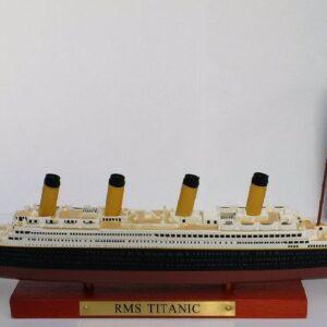 Titanic Transatlantic Liners.Modely lodí.Atlas.Diecast models ships. Modely zaoceánských lodí.Diecast models of ocean liners.Modely bitevních lodí. Diecast models of battleships. Hotové modely.Kovové modely.