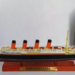 Lusitania Transatlantic Liners.Modely lodí.Atlas.Diecast models ships. Modely zaoceánských lodí.Diecast models of ocean liners.Modely bitevních lodí. Diecast models of battleships. Hotové modely.Kovové modely.