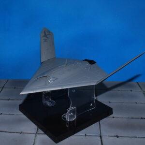 X-47B PEGASUS.UCAV.Drone.Modely letadel.Diecast models aircraft.Air Force 1 AF1-0017.Modely dopravních letadel. Modely vrtulníků. Diecast models helicopters. Diecast models cars. Modely vojenské techniky. Diecast models military vehicles, Modely raket. Diecast models rockets. Sběratelské modely. Hotové modely. Sběratelské modely letadel. Kovové modely.