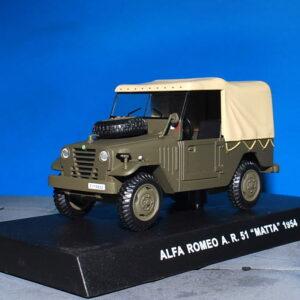 Alfa Romeo Matta A.R. 51.Modely vojenské techniky.aut.Diecast models military vehicles.cars.DeAgostini MAG KR29.Hotové modely.Sběratelské modely Kovové modely.