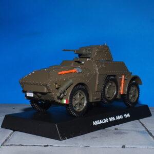 Autoblinda.Fiat-Ansaldo.SPA.AM41.Modely aut. Diecast models cars. Modely vojenské techniky. Diecast models military vehicles.Grani & Partners Special Edition.Carabinieri 00652276.Hotové modely.Sběratelské modely Kovové modely.