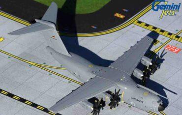 Modely letadel Airbus A400M Atlas.Gemini Jets GMLFT092 - Airbus A400M Atlas , '54+10' German Air Force – Luftwaffe.A310-1000.Modely dopravních letadel.Diecast models airplanes.airliner.Modely letadel.Diecast models aircraft. Modely vrtulníků. Diecast models helicopters.Diecast models cars.Modely vojenské techniky. Diecast models military vehicles.Modely raket.Diecast models rockets.Sběratelské modely.Hotové modely.Sběratelské modely letadel.Kovové modely.