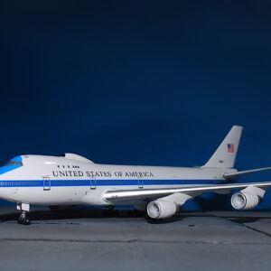 Boeing E-4.B747. Boeing 747-200.USAF. Modely letadel.Diecast models aircraft.Dragon Wings DR 56269.Modely dopravních letadel. Modely vrtulníků. Diecast models helicopters. Diecast models cars. Modely vojenské techniky. Diecast models military vehicles, Modely raket. Diecast models rockets. Sběratelské modely. Hotové modely. Sběratelské modely letadel. Kovové modely.