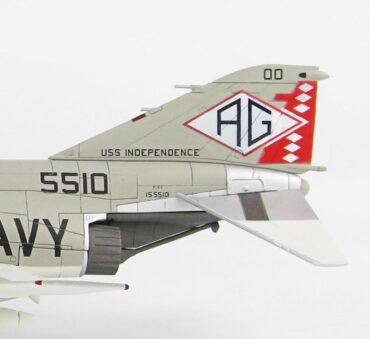 F-4 Phantom II. McDonnell Douglas F-4 Phantom II.Jolly Rogers.Modely letadel. Diecast models aircraft.HOBBY MASTER HA19006.Modely dopravních letadel. Modely vrtulníků. Diecast models helicopters. Diecast models cars. Modely vojenské techniky. Diecast models military vehicles, Modely raket. Diecast models rockets. Sběratelské modely. Hotové modely. Sběratelské modely letadel. Kovové modely.