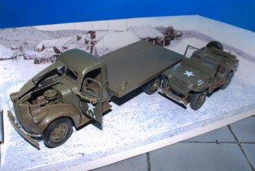 Dodge VC series.Jeep Wiiiys.MB.Jeep.Modely vojenské techniky.Diecast models military vehicles.New Ray NEW-61053BSS. Modely nákladních aut. Diecast models vehicles.trucks. Modely aut. Diecast models cars. Modely hasíčských,požarních vozidel. Diecast models cars.fire engine. Transport diecast models. Modely tanků. Diecast models tanks. Sběratelské modely. Hotové modely. Kovové modely.