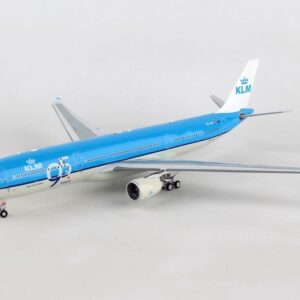 A330.Airbus A330.Modely dopravních letadel.Diecast models airplanes.airliner.InFlight 200 IF333KLM001.Modely letadel. Diecast models aircraft. Modely vrtulníků. Diecast models helicopters. Diecast models cars. Modely vojenské techniky. Diecast models military vehicles. Modely raket. Diecast models rockets. Sběratelské modely. Hotové modely. Sběratelské modely letadel. Kovové modely.