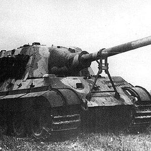 Jagdtiger.Sd.Kfz.186.Panzerjäger Tiger Ausf.B.Modely tanku.Diecast models tanks.Forces of Valor UN-801024A.