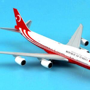 B747.Boeing 747.Boeing 747-8.Modely dopravnich letadel.Diecast models aircraft.JC Wings JC-LH2102.