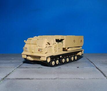 M270 MLRS.Multiple Launch Rocket System.Modely vojenské techniky.Diecast models military vehicles.Rockets.Raket.Panzerkampf PAN12073B. Modely tanků. Diecast models tanks. Modely aut. Diecast models cars. Sběratelské modely. Hotové modely. Sběratelské modely letadel. Sběratelské modely vojenské techniky a tanků. Kovové modely.
