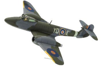 "Gloster Meteor.Fieseler Fi 103R Reichenberg.""Doodlebug"".Flying Bomb.Modely letadel.Diecast models aircraft.Corgi AA27403."