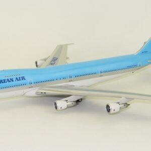 B747.Boeing 747.Boeing 747-200.Modely dopravnich letadel.Diecast models aircraft.J Fox Models JF-747-2-019.