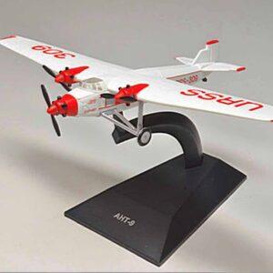 ANT-9 Tupolev.Airplanes.Modely dopravních letadel.Diecast models airplanes.airliner.Deagostini 92.