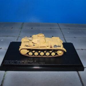 Pz.Kpfw.II.Panzer II.Sd.Kfz.121.Modely tanku.Diecast models military vehicles.tanks.Hobby Master HG4607.
