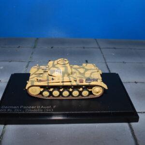 Pz.Kpfw.II.Panzer II.Sd.Kfz.121.Modely tanku.Diecast models military vehicles.tanks.Hobby Master HG4608.