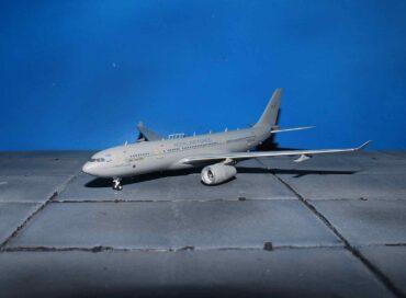 Airbus A330 (MRTT).Voyager KC3.KC-30.A330 MRTT.Air Tanker.Modely letadel. Diecast models aircraft.Aviation 400 AV4MRTT01. Modely dopravních letadel. Diecast models airplanes.airliner. Modely vrtulníků. Diecast models helicopters. Modely aut. Diecast models cars. Modely vojenské techniky. Diecast models military vehicles, Modely tanků. Diecast models tanks. Modely raket. Diecast models rockets. Sběratelské modely. Hotové modely. Kovové modely.