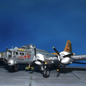 Air Force 1 AF1-0110 - Boeing B-17G Flying Fortress ,A Bit O Lace, 447 Bomb Group in summer of 1944 3
