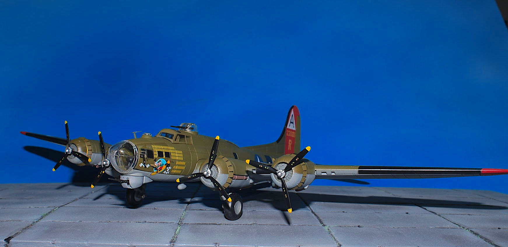 Air Force 1 AF1-0110A - Boeing B-17G Flying Fortress , USAAF 91st. Bomb Gr., 323rd Bomb.Sqn.,