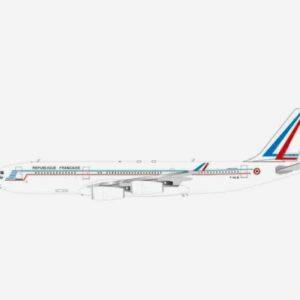InFlight 200 IF342FAF01 - Airbus A340-200 , 'F-RAJB' French Air Force - Armée de l'Air Française
