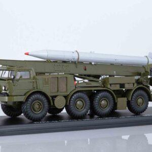 Start Scale Models SSM5006 - ZIL-135LM 9P113 TEL Artillery Rocket System 9K52 Luna-M 'FROG-7' with 9M21 rocket , Soviet Army