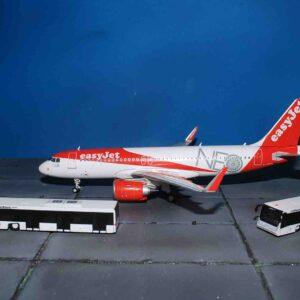 Airport Bus COBUS 3000.Fantasy Wings FWAA2001.