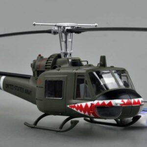 "Easy Model EM 39318 - BELL UH-1C Huey ( Iroquois ) , 174 th AHC (Assault Helicopter Company) ""Sharks"" US ARMY , Vietnam"