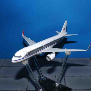 InFlight 200 IF320SU0818 - Airbus A320 -214 , Aeroflot – Russian Airlines.A320.Modely letadel.Diecast models aircraft. Modely dopravních letadel.Diecast models airplanes.Modely vrtulníků. Diecast models helicopters.Diecast models cars.Modely vojenské techniky. Diecast models military vehicles.Modely raket.Diecast models rockets.Sběratelské modely.Hotové modely.Sběratelské modely letadel.Kovové modely.