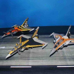 """Modely letadel Rafale Dassaul .Panzerkampf 14615PC - Dassault Rafale B , '118-HT' """"Arctic Tiger"""" , Escadron de ECE 5/330 Côte d'Argent Armée de l'Air Française , NTM – NATO Tigers Meet 2013.Modely letadel.Diecast models aircraft. Modely dopravních letadel.Diecast models airplanes.airliner.Modely vrtulníků. Diecast models helicopters.Diecast models cars.Modely vojenské techniky. Diecast models military vehicles.Modely raket.Diecast models rockets.Sběratelské modely.Hotové modely.Sběratelské modely letadel.Kovové modely."""